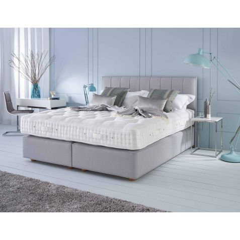 Vispring Regal Superb Divan Set Hemel Branch: Standard Super Kingsize Zip & Link - 180x200cm